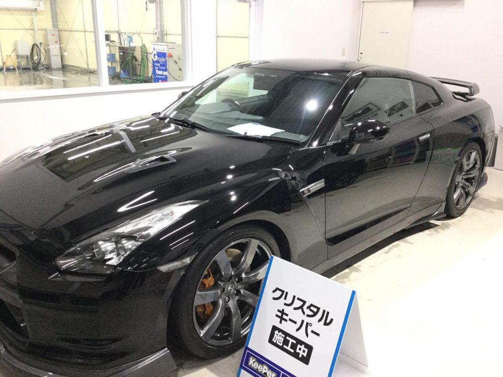黒のお車も「クリスタルキーパー」で最高にキレイに